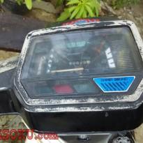 Yamaha v80 excellent-4.jpg