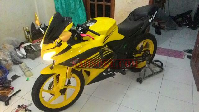 Top modifikasi honda verza full fairing
