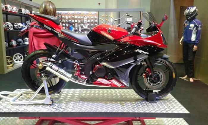 terbaru modifikasi yamaha r15 warna merah