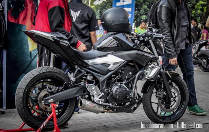 FreeStyle Aksi Wawan Tembong Diatas Yamaha MT 25
