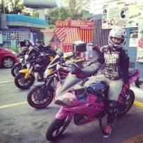 Yamaha R15 pink leopard_3.jpg