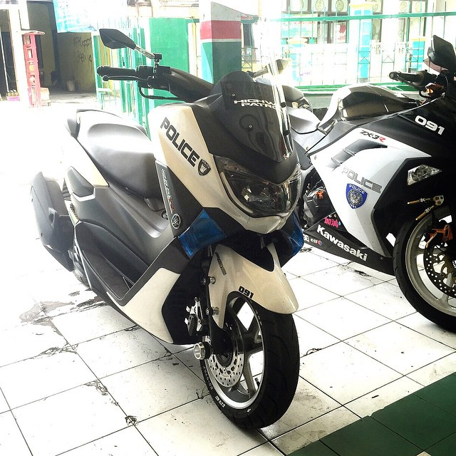 referensi modifikasi yamaha nmax warna putih