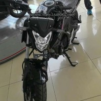 New CB150R Facelift Warna Hitam.jpg