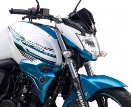 Yamaha-FZ-S-v2-White-Shark1