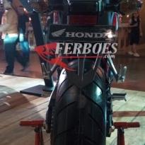 Honda-cb650f-3